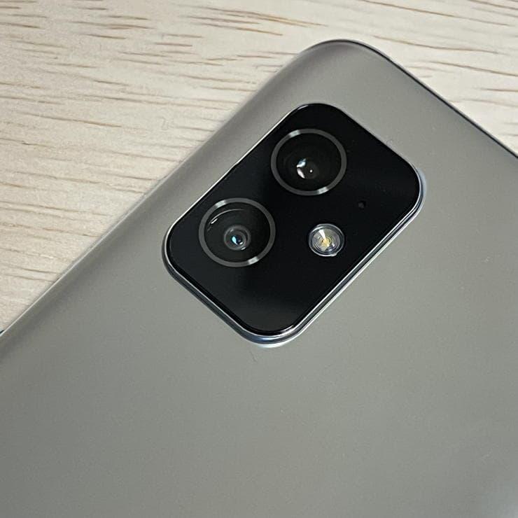 Zenfone8(ZS590KS)のカメラ1