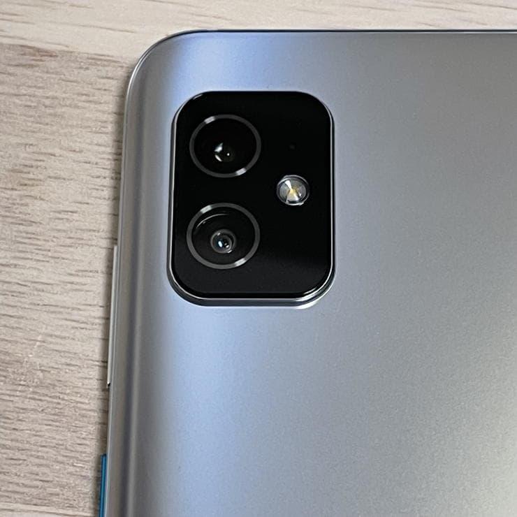 Zenfone8(ZS590KS)のカメラ2