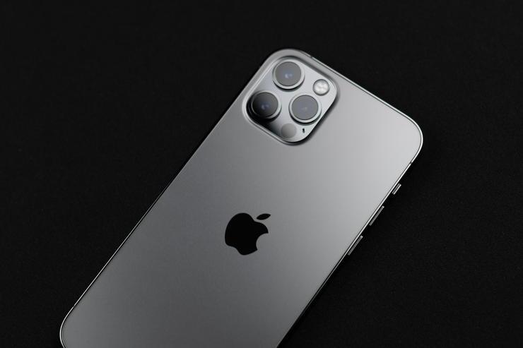 iPhone13 Pro Maxのカメラ機能にポートレートモードの動画撮影時対応やProResレコーディングなどのアップデート